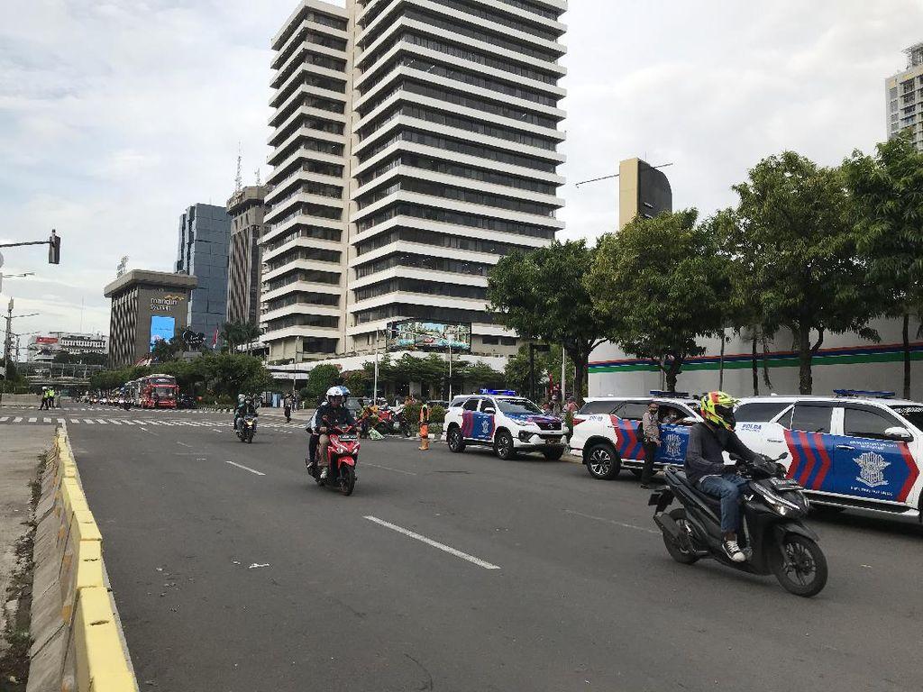 Massa Demo Kedubes Prancis Bubar, Lalin di Jalan MH Thamrin Dibuka Kembali
