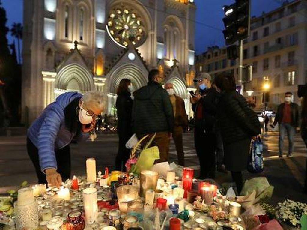 Di Depan Jemaat Katolik, Imam Muslim Prancis Kecam Penusukan di Nice