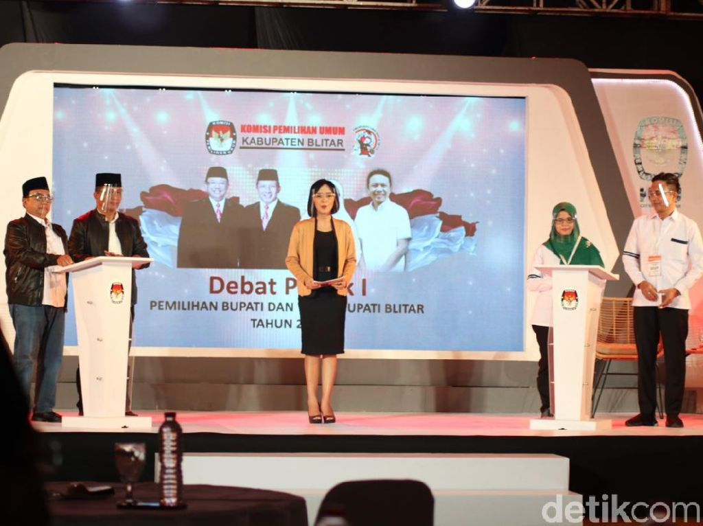 KPU Blitar Tetap Izinkan Paslon Pilbup Bawa Contekan dalam Debat Kedua
