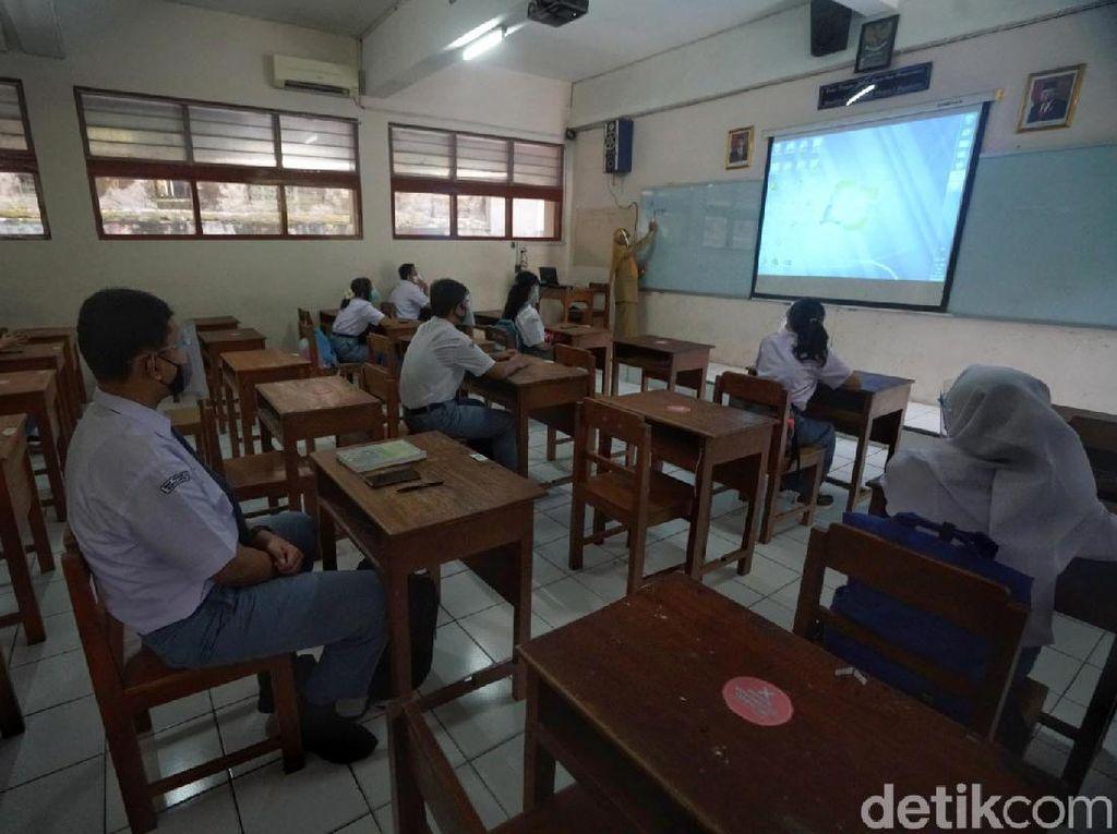 SMA Negeri 3 Surakarta Lakukan Pembelajaran Tatap Muka