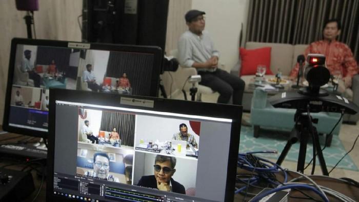 "Diskusi daring bertajuk ""Inovasi Teknologi di Masa Pandemi: Solusi untuk Negeri"", sukses digelar di Jakarta."