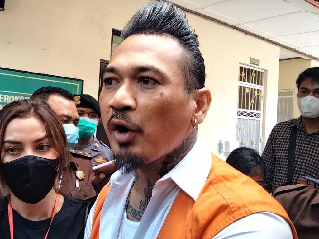 Jerinx Minta Hakim Vonis Hukuman Percobaan Jadi Tahanan Rumah