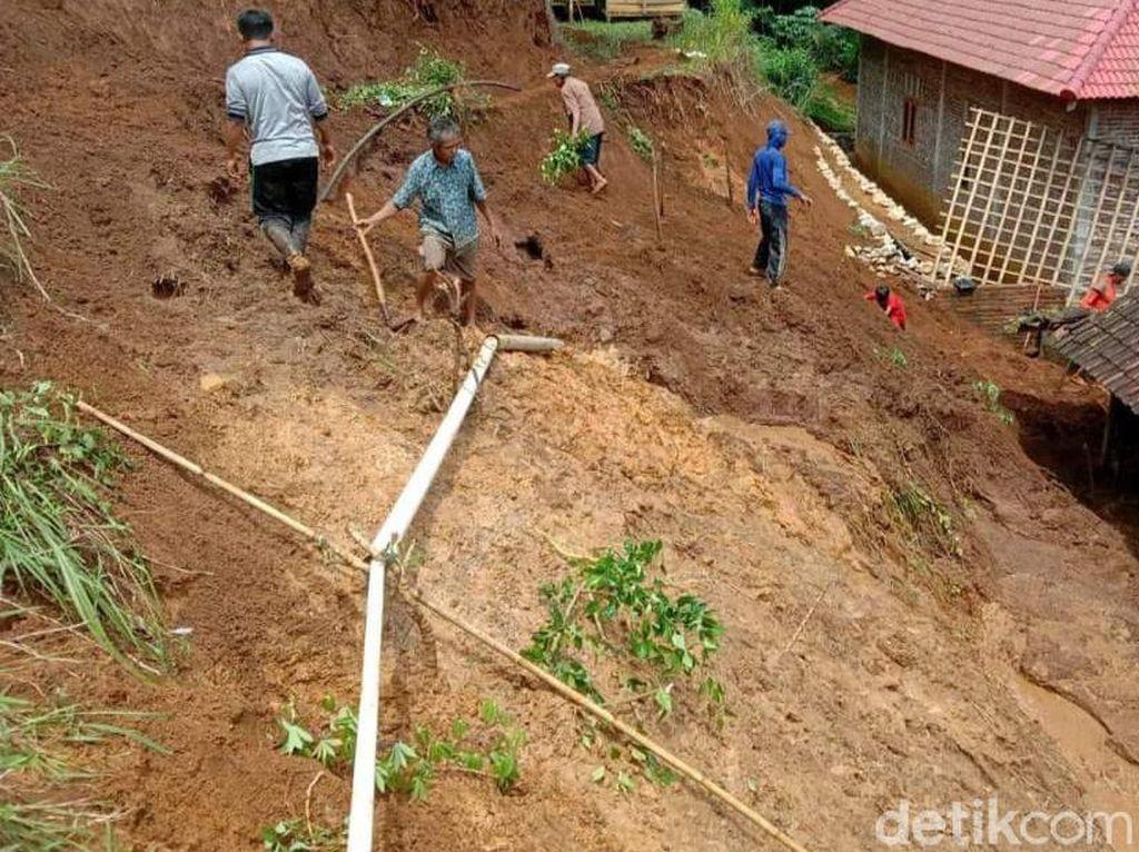 Longsor Terjang 7 Titik Perkampungan di Dua Kecamatan Trenggalek