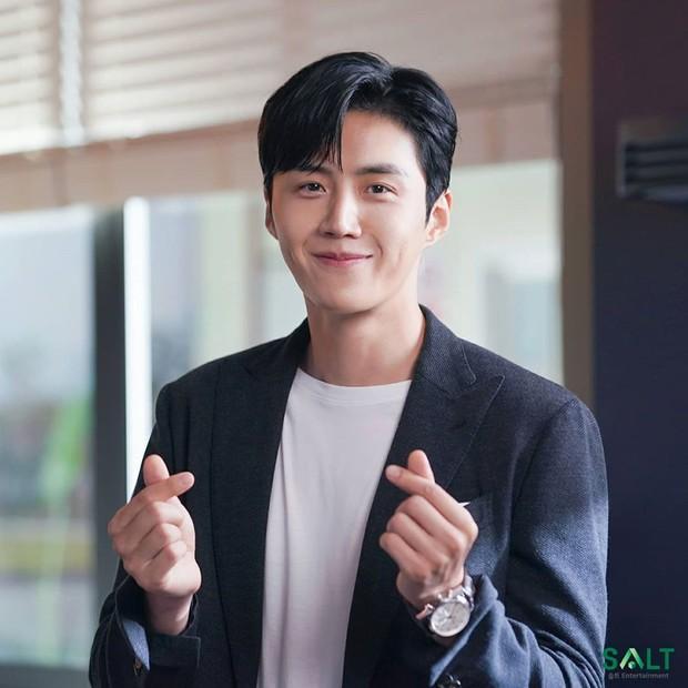 Aktor tersebut mengakui bahwa dia seseorang yang memiliki banyak ketakutan dan dia mulai memberanikan naik pesawat saat usianya 32 tahun.