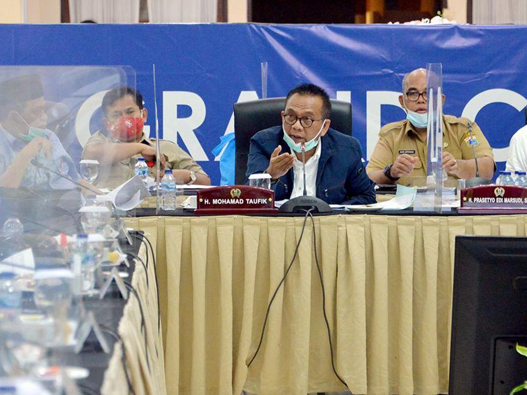M Taufik Minta Mendagri Tak Asal Copot Kepala Daerah yang Abai Prokes