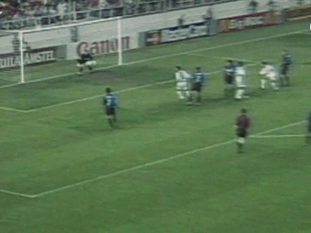 Video Kilas Balik Real Madrid Vs Inter Milan di Tahun 1998