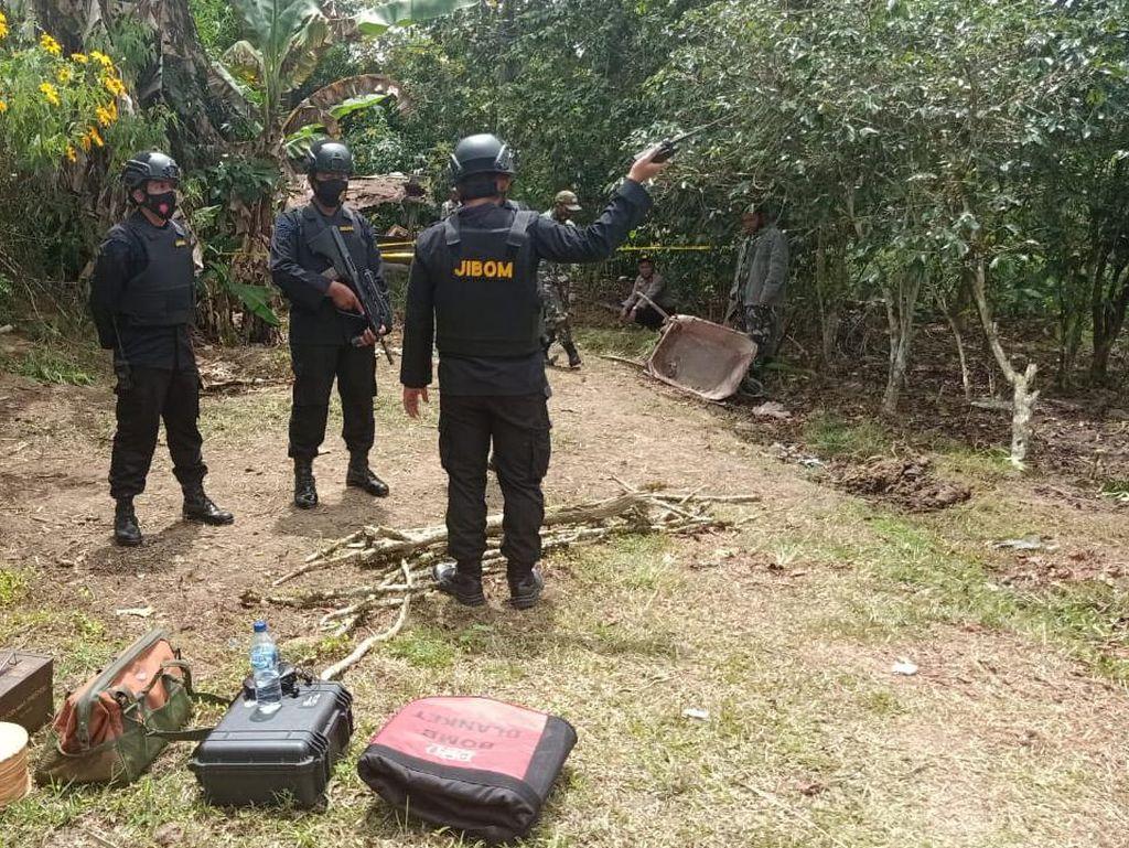 Sebuah Mortir Ditemukan Warga di Tapanuli Utara, Tim Jibom Lakukan Disposal