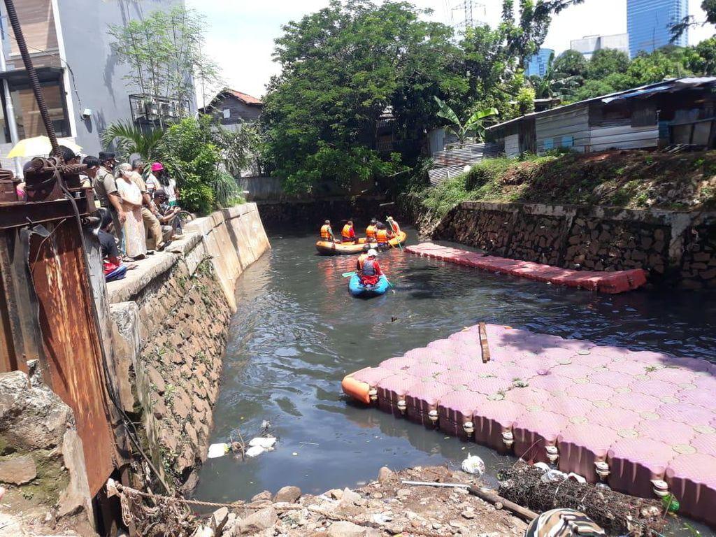 Hanyut di Mampang, Bocah 5 Tahun Ditemukan Meninggal di Muara Angke
