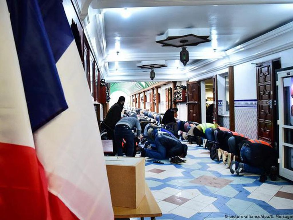Usai Teror, Muslim Prancis Hadapi Stigmatisasi