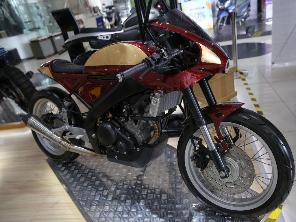 Modifikasi Yamaha XSR155 Bergaya Motor Balap Jadul