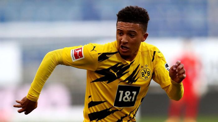 BIELEFELD, GERMANY - OCTOBER 31: Jadon Sancho of Dortmund looks on during the Bundesliga match between DSC Arminia Bielefeld and Borussia Dortmund at Schueco Arena on October 31, 2020 in Bielefeld, Germany. (Photo by Martin Rose/Getty Images)