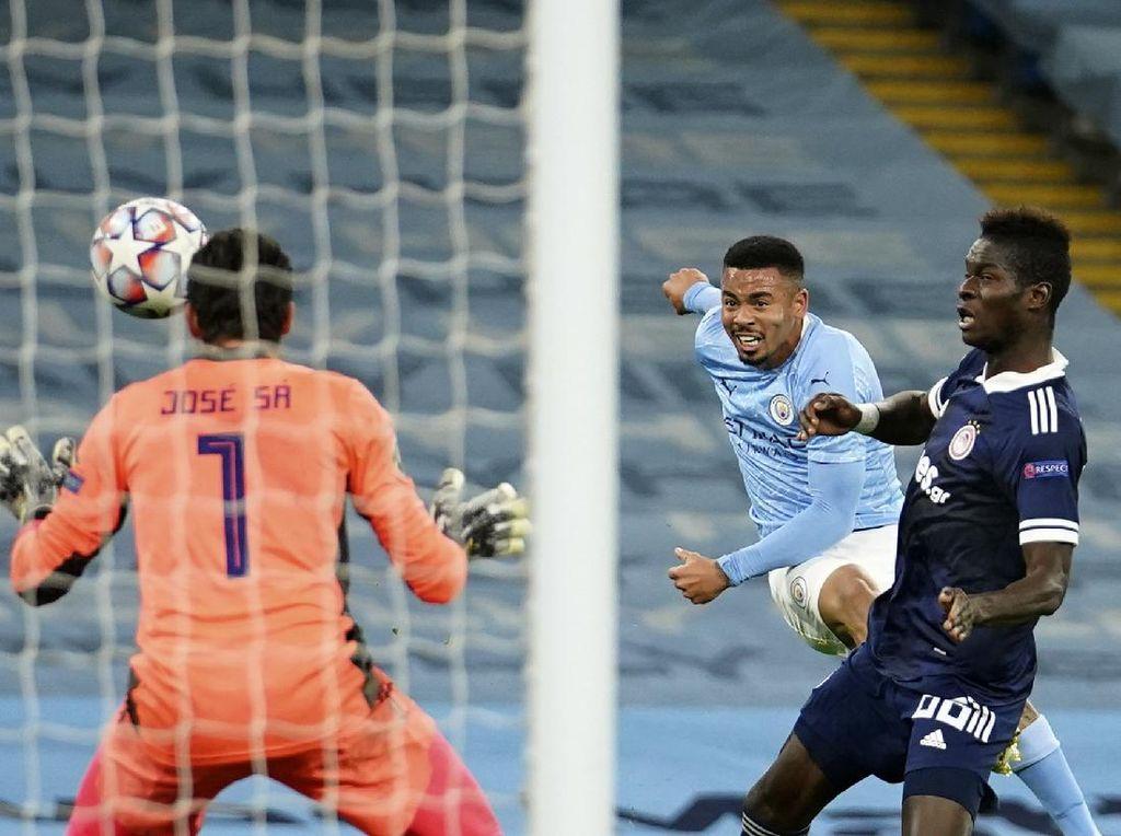 Video Manchester City Hajar Olympiakos 3 Gol Tanpa Balas