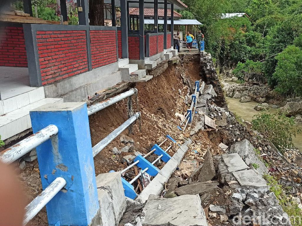 Lima Kecamatan di Trenggalek Ditetapkan Darurat Bencana