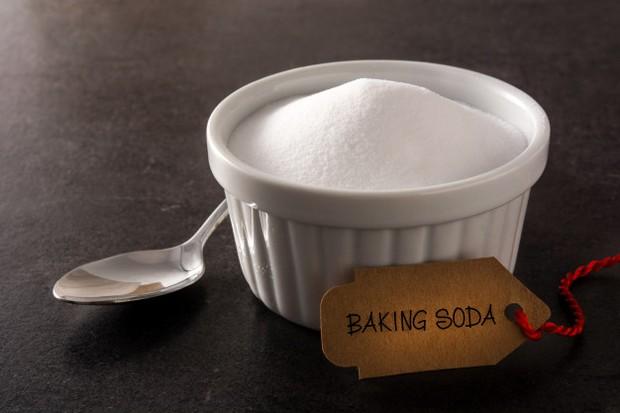 soda kue selain dapat membasmi hama juga bisa menyeimbangkan pH tanah/freepik.com