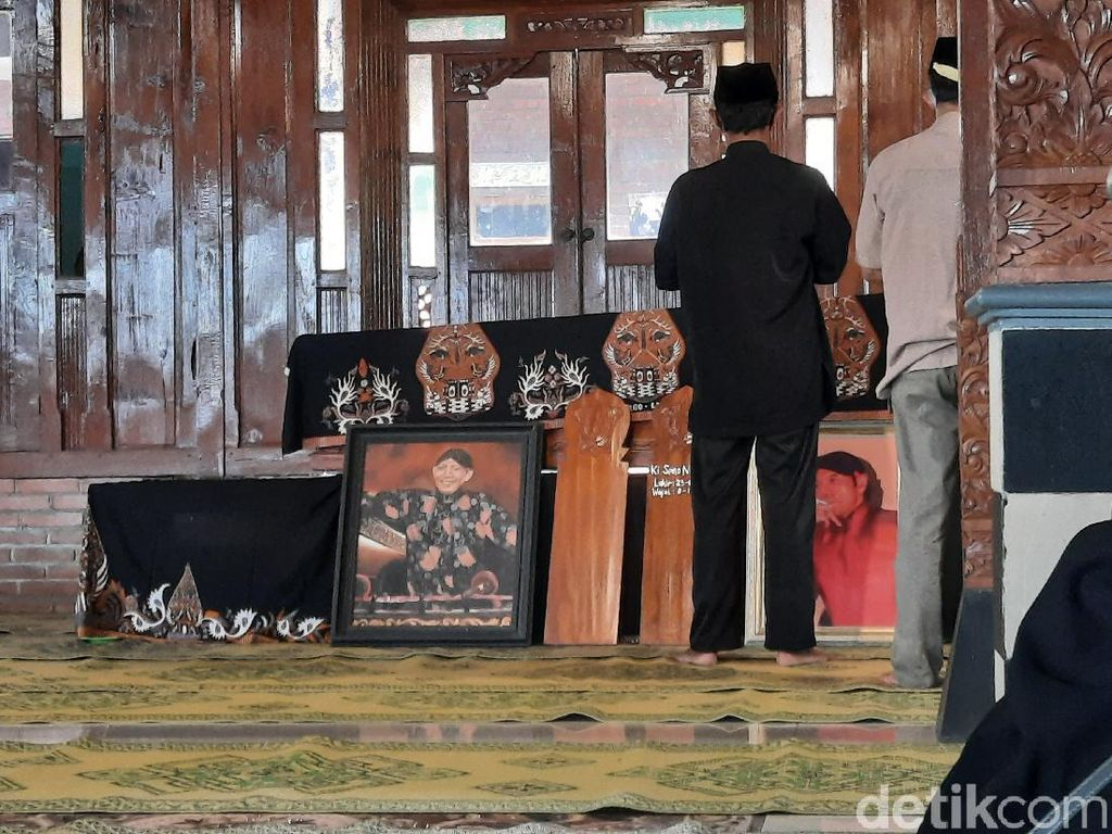 Pelayat Mulai Berdatangan di Rumah Duka Dalang Ki Seno Nugroho