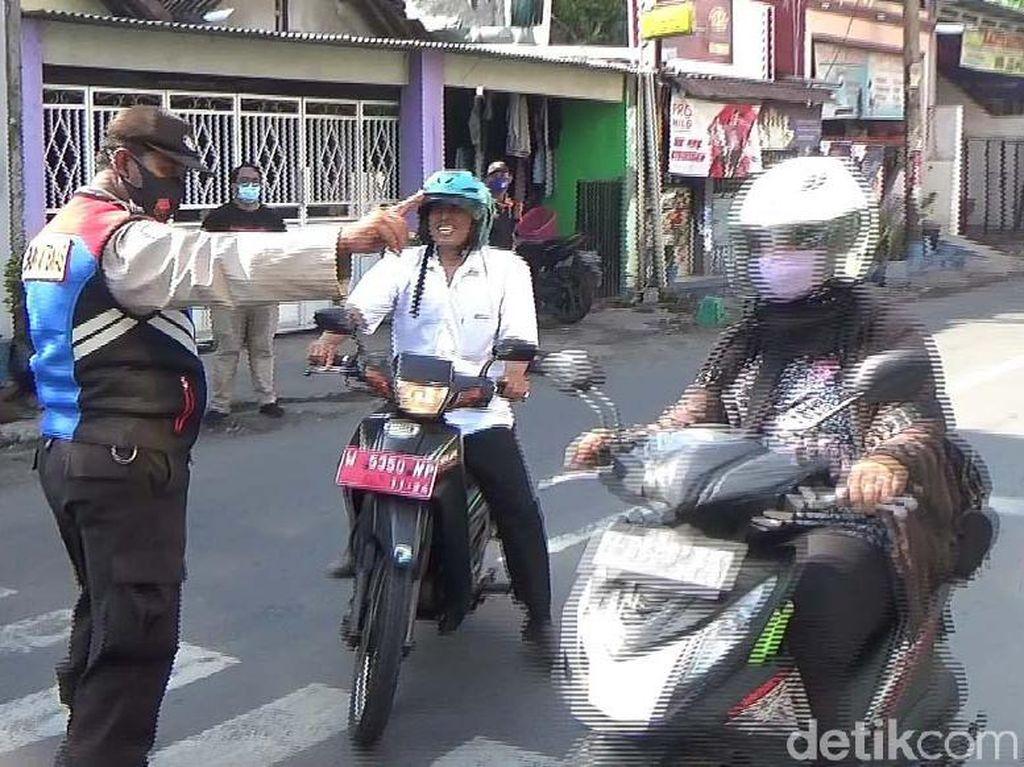 625 Orang Terjaring Operasi Swab Hunter di 9 Titik Perbatasan Surabaya
