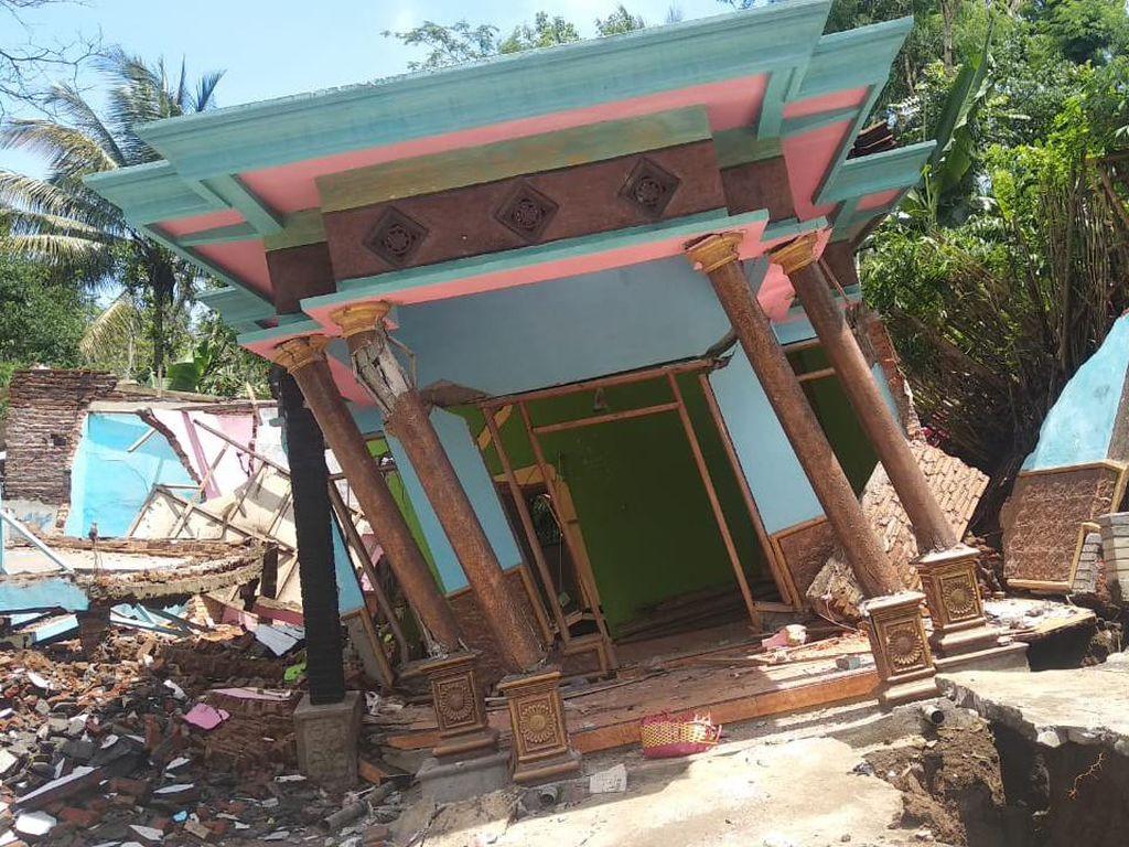 Rumah di Malang Nyaris Roboh Karena Tanahnya Gerak, Ini Kata Pakar Geologi