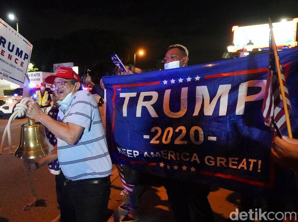 Tolak Kekalahan, Pendukung Trump Demo Serukan Ini Belum Berakhir