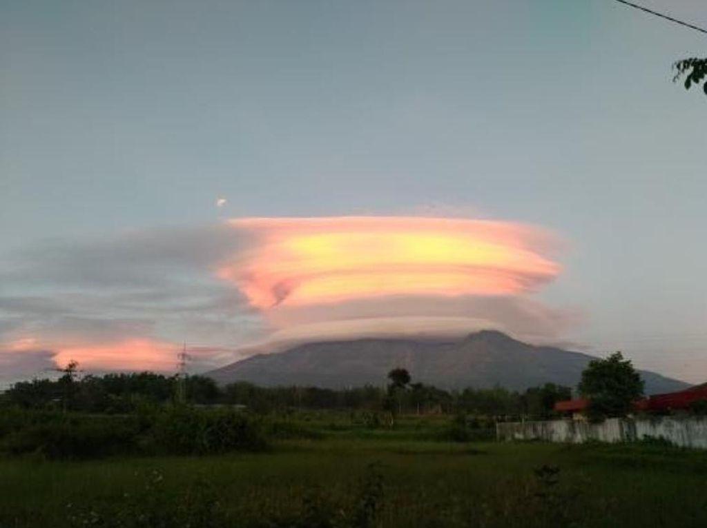 7 Gunung Jawa Bertopi Awan, Ahli Spiritual: Peringatan Keras untuk Pemimpin
