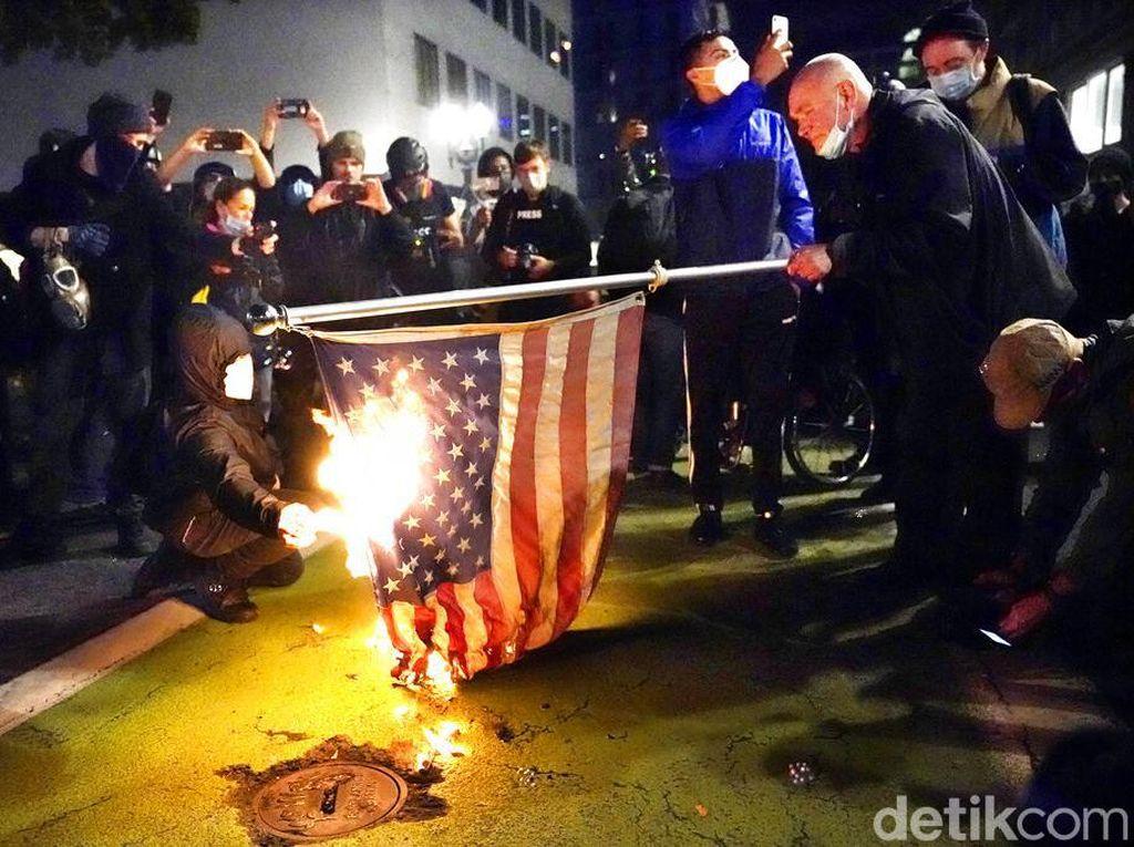 Kerusuhan Pilpres AS Meluas, Trump Marah-marah Telepon Gubernur Republik