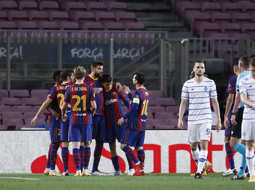 Barcelona Vs Dynamo Kiev: Messi & Pique Menangkan Barca