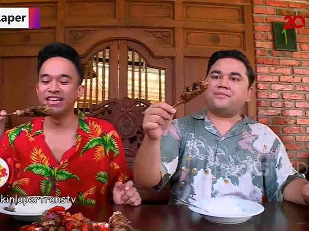 Bikin Laper! Puas Makan Tengkleng Kambing hingga Sate Buntel Juicy