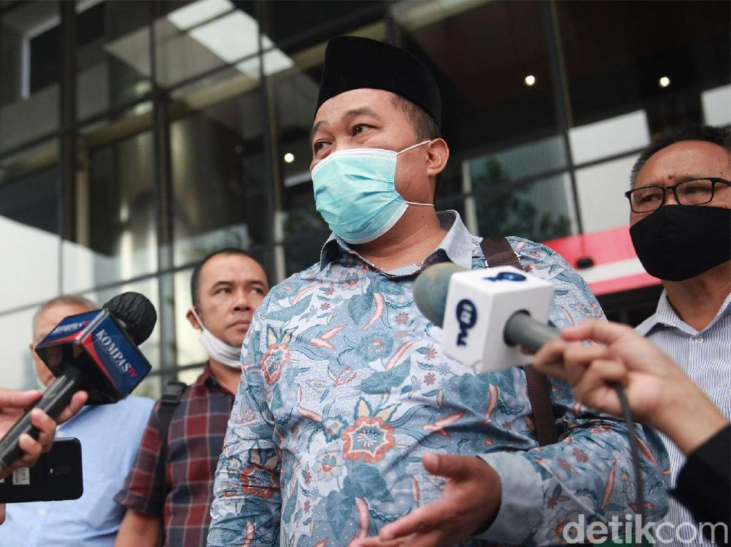 Boyamin Saiman Janjikan SGD 100 Ribu untuk Informasi Harun Masiku