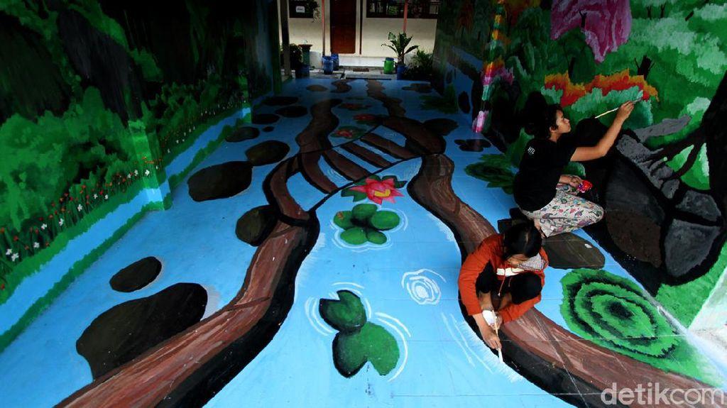 Kreativitas Mural Siswa SMP di Solo Ini Keren Banget