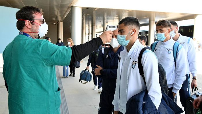 SAINT PETERSBURG, RUSSIA - NOVEMBER 03: Andreas Pereira of SS lazio ahead of the UEFA Champions League Group F stage match between SS Lazio and Zenit St. Petersburg at  on November 03, 2020 in Saint Petersburg, Russia. (Photo by Marco Rosi - SS Lazio/Getty Images)