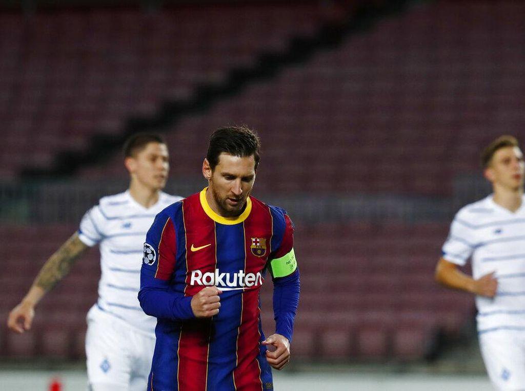 Lionel Messi Jalan Kaki karena Malas? Cuplikan Ini Hadir Membalas