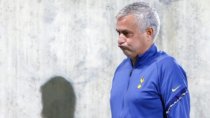 Tottenhams manager Jose Mourinho grimaces before the Europa League Group J soccer match between Ludogorets and Tottenham Hotspur at the Ludogorets Arena stadium in Razgrad, Bulgaria, on Thursday, Nov. 5, 2020. (AP Photo/Anton Uzunov)