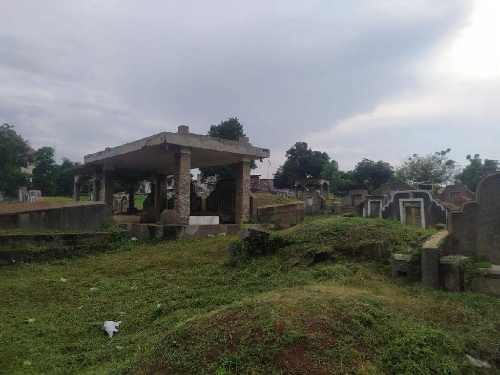 Pasangan yang Viral Mesum di Kuburan di TPU Kebon Nanas Ditangkap!