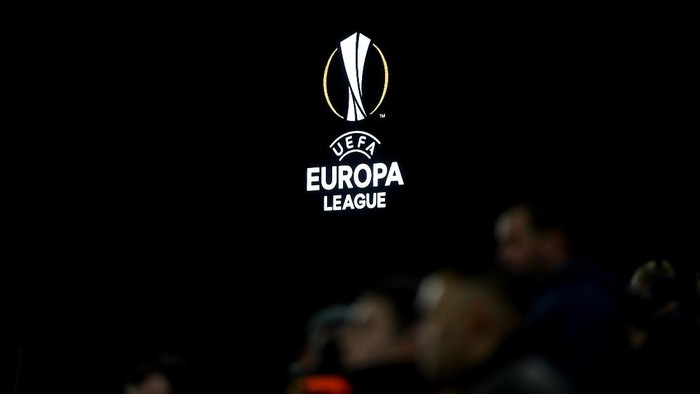 WOLVERHAMPTON, ENGLAND - NOVEMBER 07: The Europa Leagu logo is displayed on the screen during the UEFA Europa League group K match between Wolverhampton Wanderers and Slovan Bratislava at Molineux on November 07, 2019 in Wolverhampton, United Kingdom. (Photo by Catherine Ivill/Getty Images)