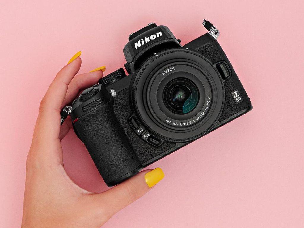 Kamera Nikon Akhirnya Bisa Dipakai untuk Webcam