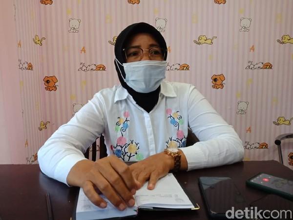 Gadis di Kecamatan Bandar Kedungmulyo, Jombang digilir 3 remaja setelah dicekoki miras. Kini korban hamil 8 bulan.
