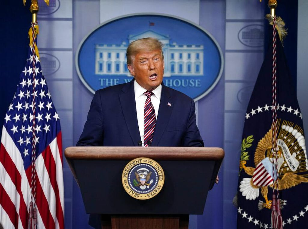 Fenomena Buku tentang Donald Trump Tetap Rilis Usai Lepas Jabatan Presiden