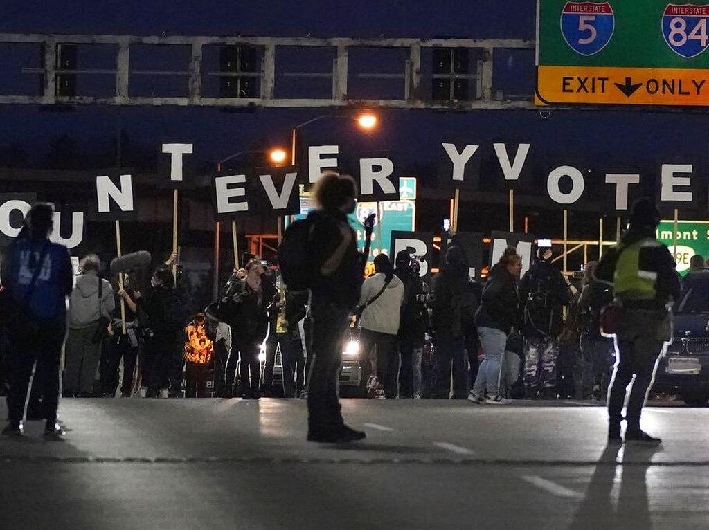 Pilpres AS di Tengah Pandemi, Puluhan Petugas Pemilu Jalani Isolasi Mandiri