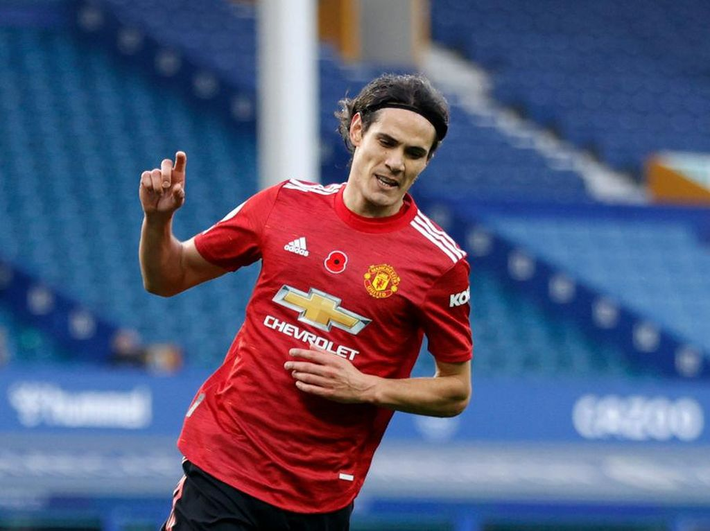Gol Perdana Edinson Cavani untuk Manchester United