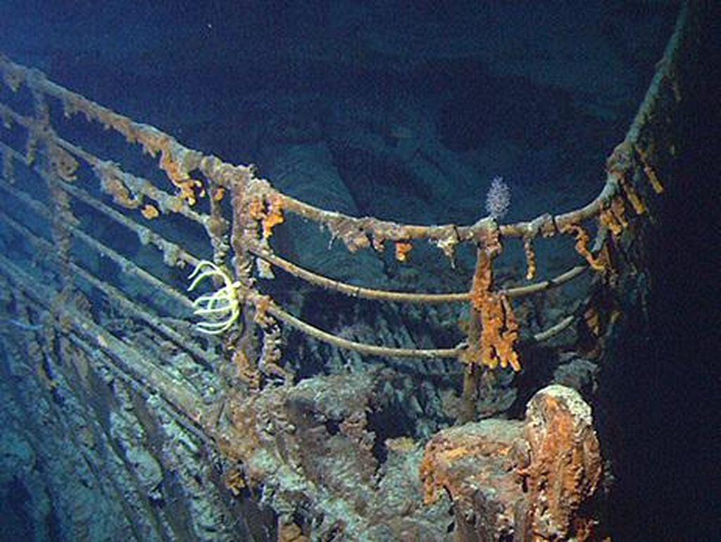 Foto: Ekspedisi Tur Menuju Bangkai Kapal Titanic