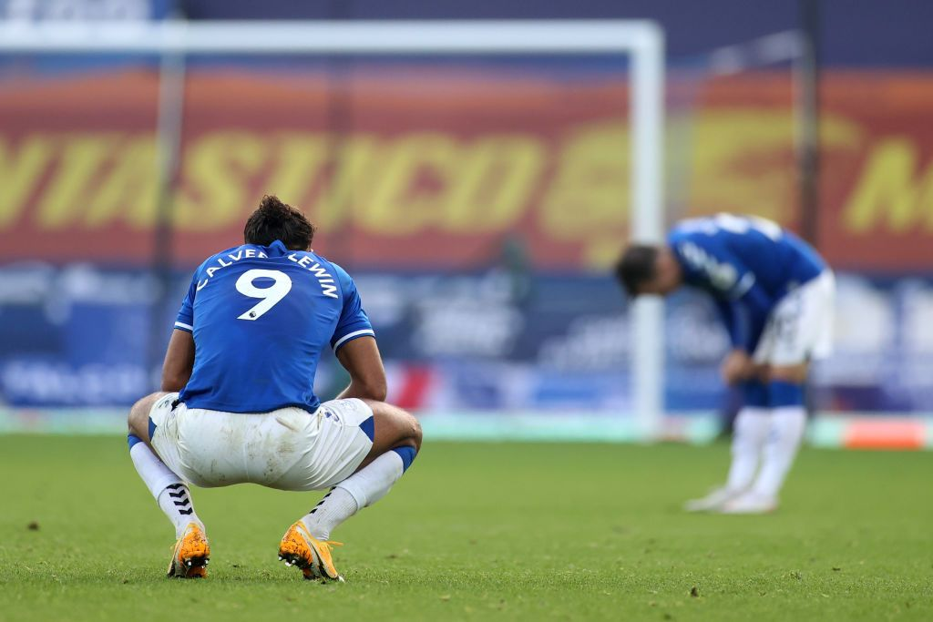 LIVERPOOL, ENGLAND - NOVEMBER 07: Dominic Calvert-Lewin of Everton looks dejected after his team concede during the Premier League match between Everton and Manchester United at Goodison Park on November 07, 2020 in Liverpool, England. Sporting stadiums around the UK remain under strict restrictions due to the Coronavirus Pandemic as Government social distancing laws prohibit fans inside venues resulting in games being played behind closed doors. (Photo by Carl Recine - Pool/Getty Images)