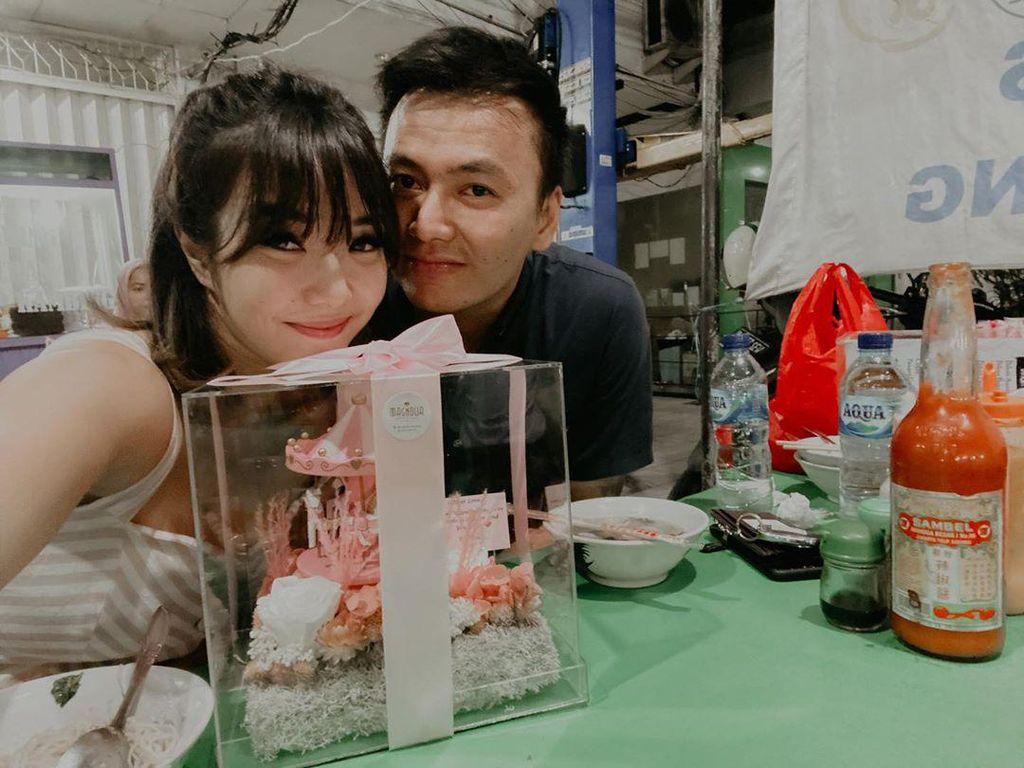 Keseruan Wijin yang Sering Makan Romantis Bareng Gisel
