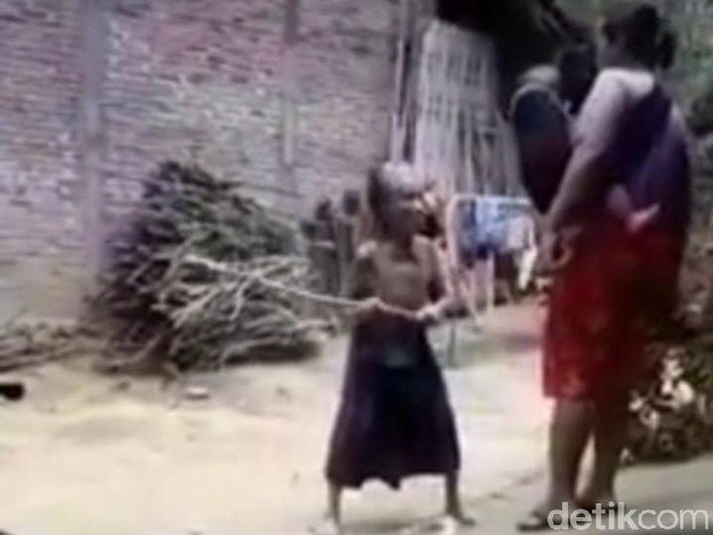Video Nenek Didorong Seorang Wanita Hingga Terjengkang Viral Diselidiki