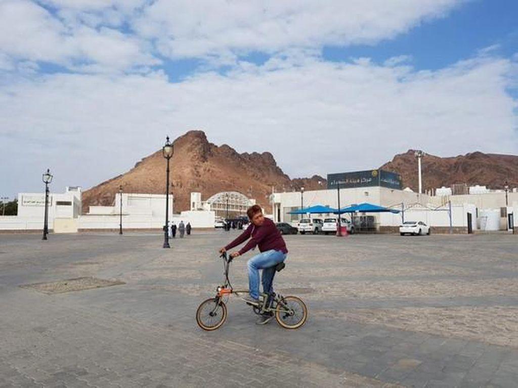 Begini Asyiknya Sepedaan di Kota Suci Madinah