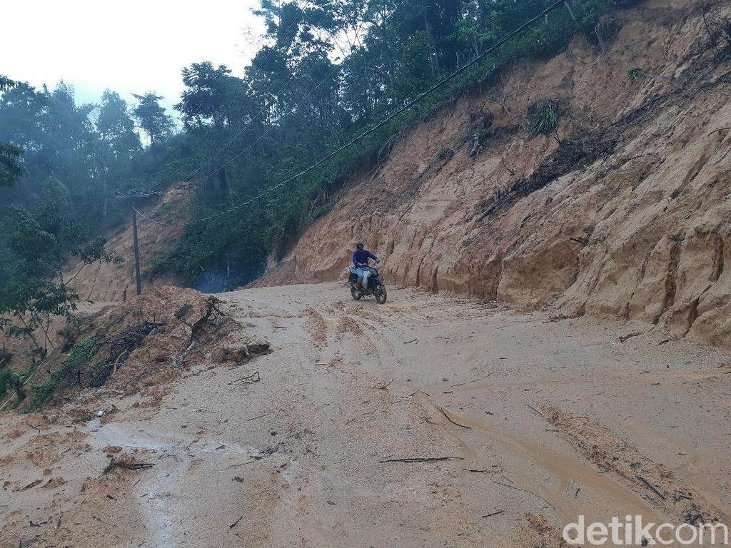 Ini Gambaran Buruknya Jalan di Tempat Badru yang Posting Ibu Hamil Ditandu