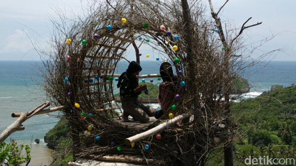 Foto: Phainem Hill, Bukit Cinta untuk Sang Nenek