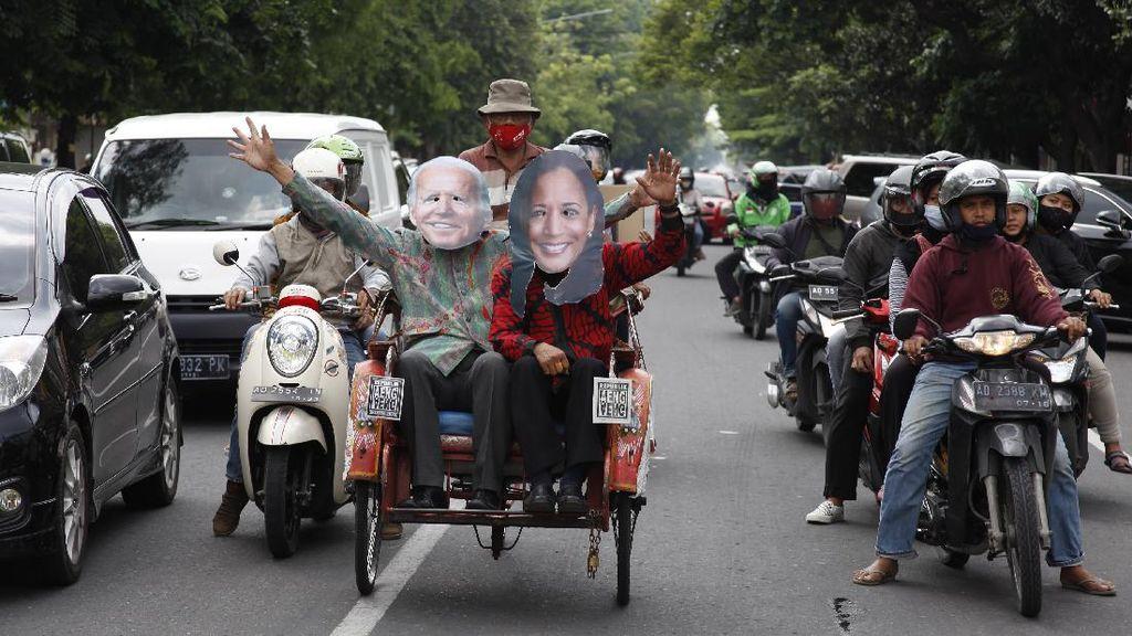 Saat Joe Biden dan Kamala Harris Keliling Kota Solo