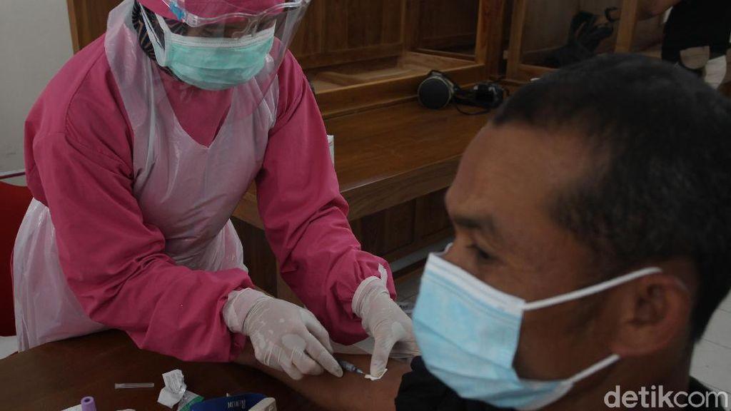 60 Orang Relawan di Kamp Pengungsi Merapi Jalani Rapid Test