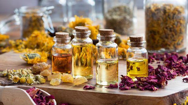 ilustrasi aromaterapi atau essential oils