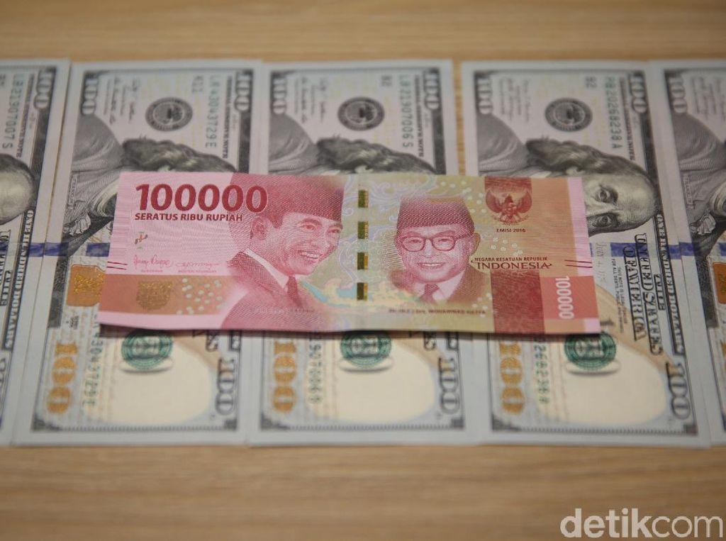Dolar AS Ditekuk Rupiah ke Rp 13.962