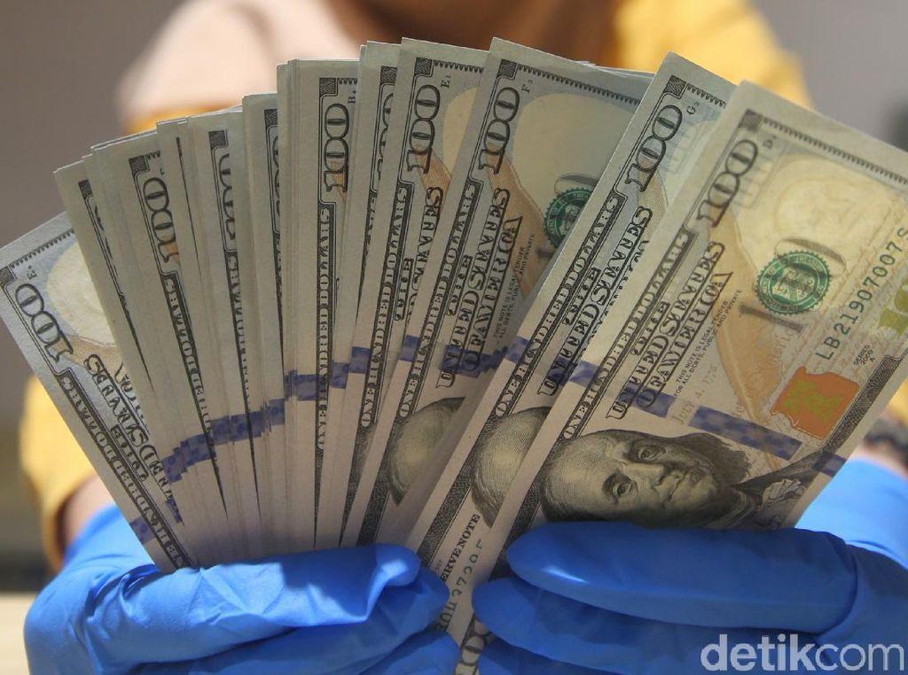 Dolar AS Pagi Ini Galau, Naik Turun di Level Rp 14.300